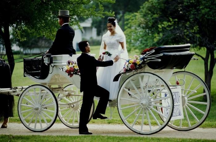 pose-photo-mariage-photo-mariage-original-photo-caroussel-cool-idée
