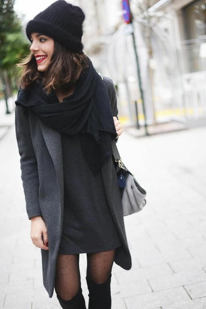 robe-noire-grande-taille-chic-élégante-idée-tenue-sur-la-rue