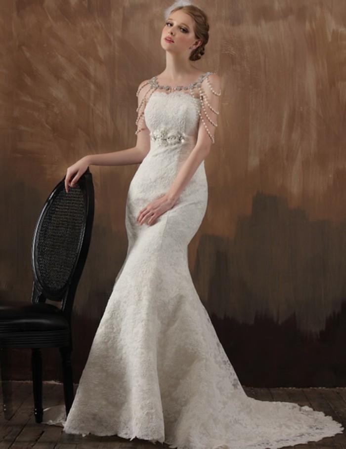 robe-retro-chic-robe-de-mariée-fourreau-robe-de-mariée-plume-idée