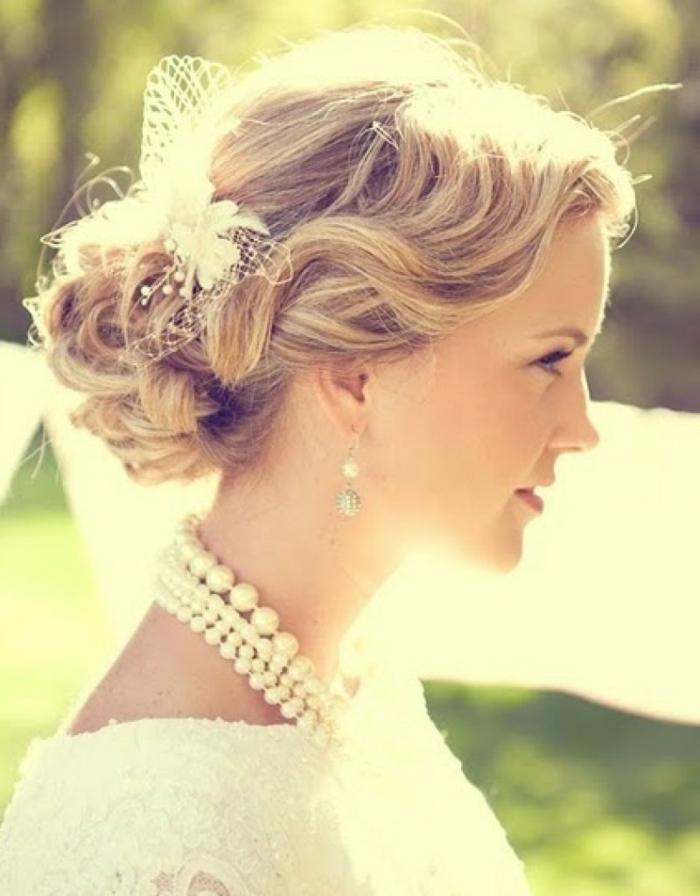 romantique-chignon-mariage-cheveux-longs-coiffures-2015vintage