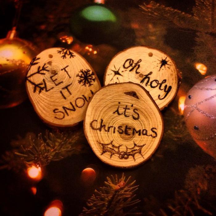 rondin-de-bois-décoration-de-Noel-bois-naturel