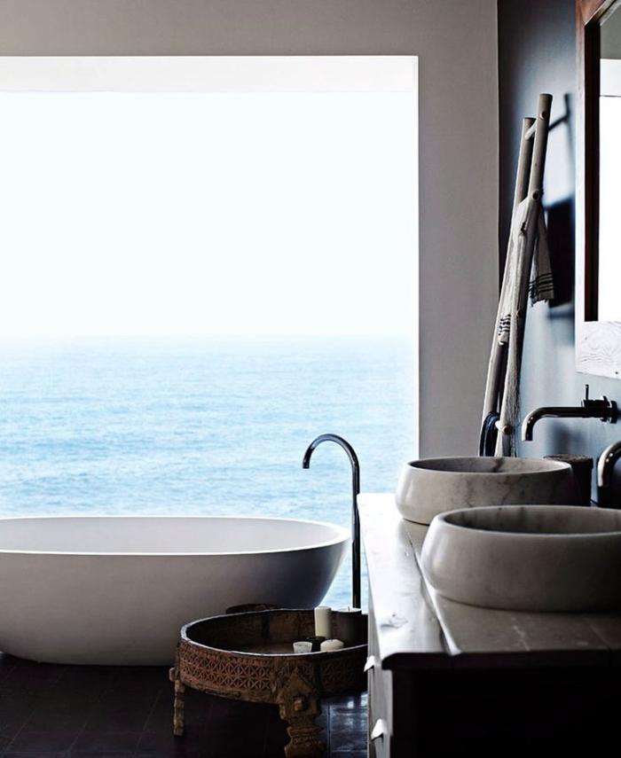 salle-de-bain-rustique-avec-vue-vers-la-mer-salle-de-bain-leroy-merlin-pas-cher