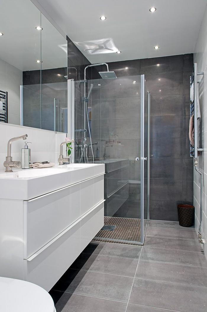 La salle de bain scandinave en 40 photos inspirantes for Verriere salle de bain