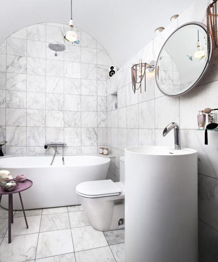 salle-de-bain-scandinave-grande-vasque-à-poser-sur-le-sol