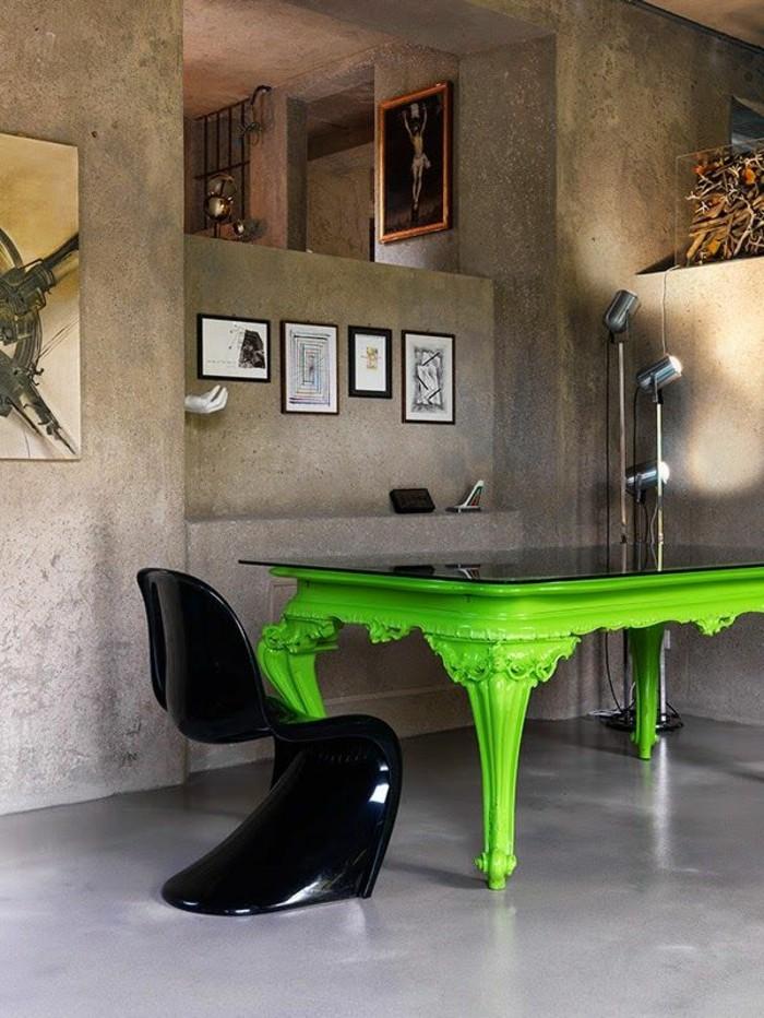 salon-moderne-et-baroque-chambre-style-baroque-meuble-baroque-pas-cher-sol-en-beton-ciré