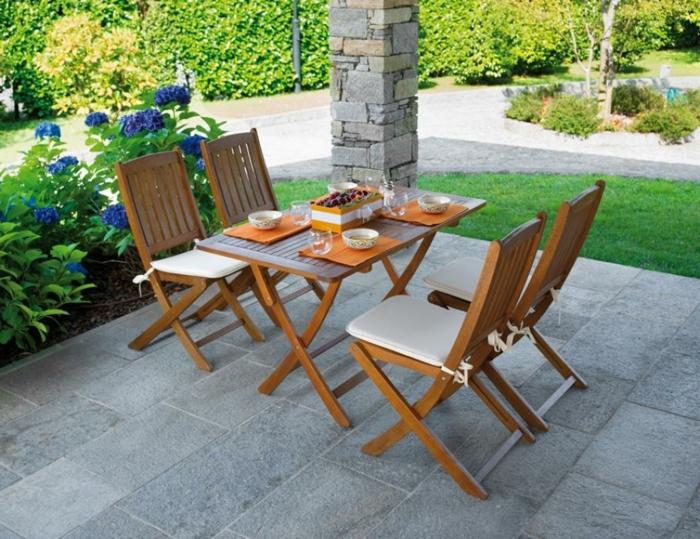 somptueux-table-et-chaises-de-cuisine-4-chaises-confortables-table-et-4-chaises