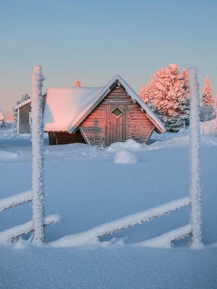 superbe-image-de-montagne-image-de-neige-fond-écran-hiver-toit-ennaigé