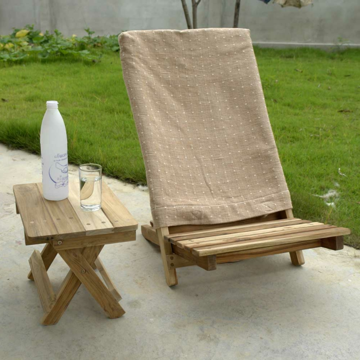 Chaise en bois pliante - Table pliante chaises integrees ...