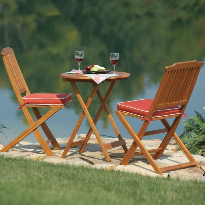 table-pliante-pas-cher-chaises-bistrot-confortable-chic