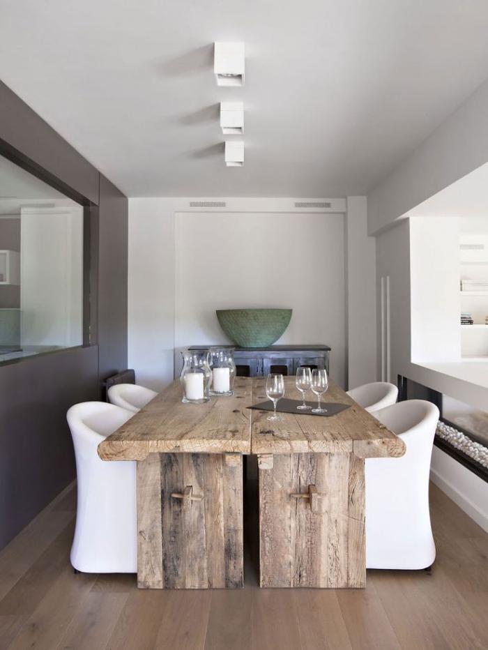 table-rustique-salle-de-déjeuner-déco-blanc-et-bois