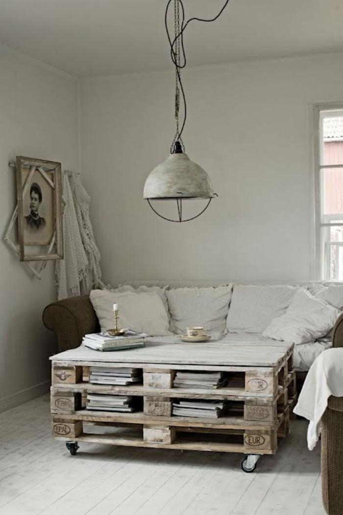 table-rustique-table-basse-palette-lampe-suspendue-de-salon
