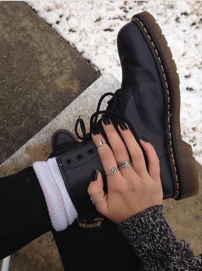 talons-compensés-noirs-chaussures-femme-spartoo-noires