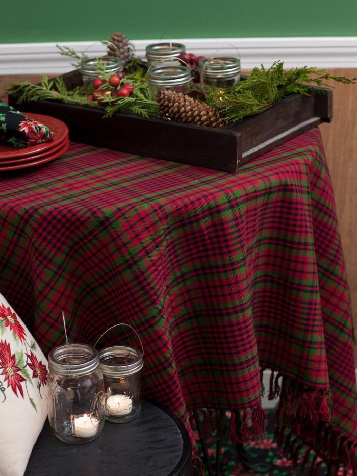 tissi-écossais-nappe-de-table-tartan-et-déco-de-Noel-chaleureuse