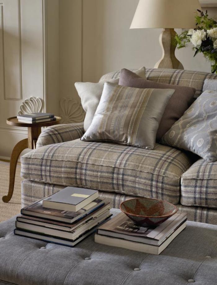 tissi-écossais-textiles-ecossais-de-gamme-beige-claire-dans-le-salon