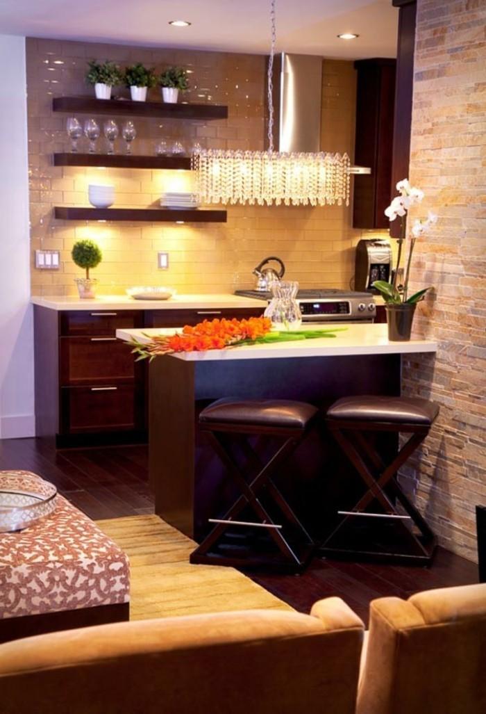 un-aménager-une-petite-cuisine-astuces-aménager-une-petite-cuisine-brun