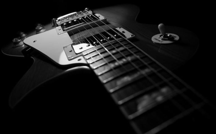 une-guitare-photo-de-blog-artiste-photographie-noir-et-blanc-art
