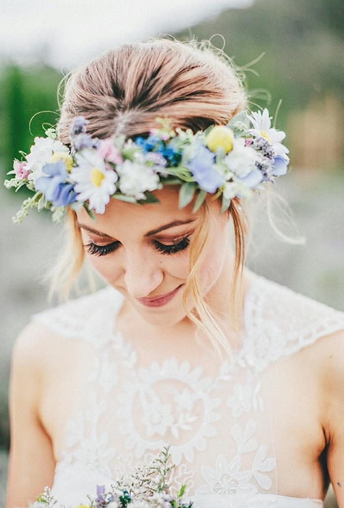 une-idée-pour-le-chignon-invitée-mariage-chignon-bas-mariage