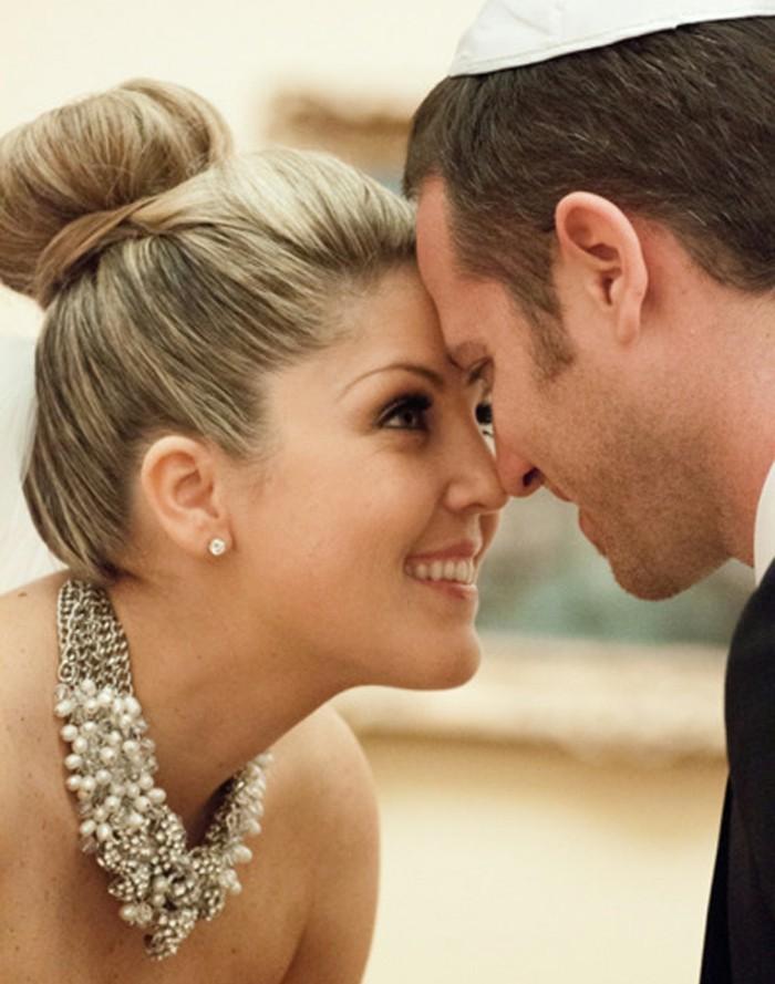 voir-les-idées-coiffure-mariage-chignon-bas-coiffure-pour-un-mariage-idée-cheveux