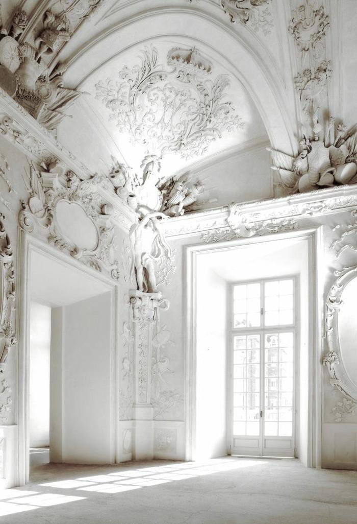 w-interieur-style-baroque-chambre-style-baroque-meuble-baroque-pas-cher-fenetre-grande-dans-le-salon