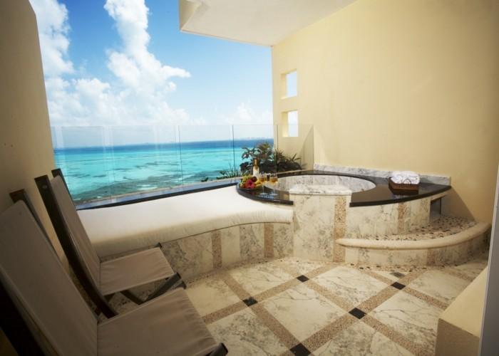 week-end-jacuzzi-privatif-trop-cool-chambe-luxueuse-balkon