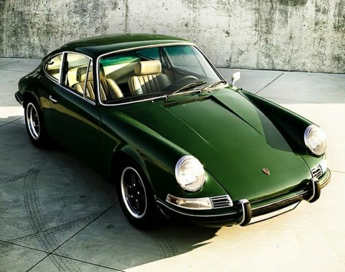 0-achat-voiture-de-collection-vieille-porsche-vert-vehicules-de-collection-nos-idees-en-photos