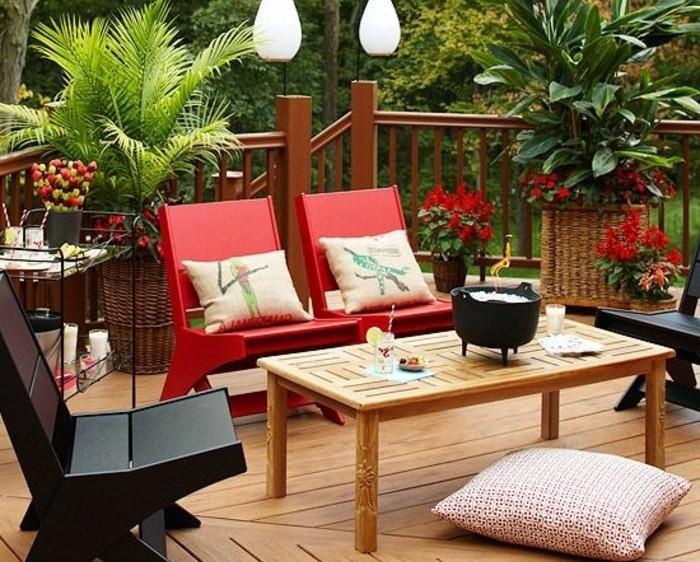0-amenagement-balcon-avec-fleurs-idee-deco-balcon-amenagement-balcon-en-planchers