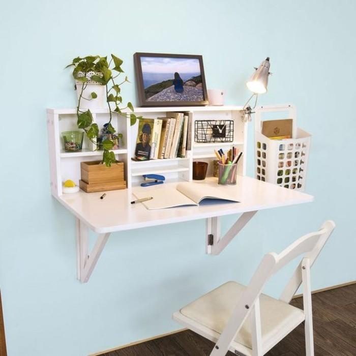 0-bureau-mural-rabattable-bureau-pliable-mural-murs-bleus-sol-en-parquet-foncé