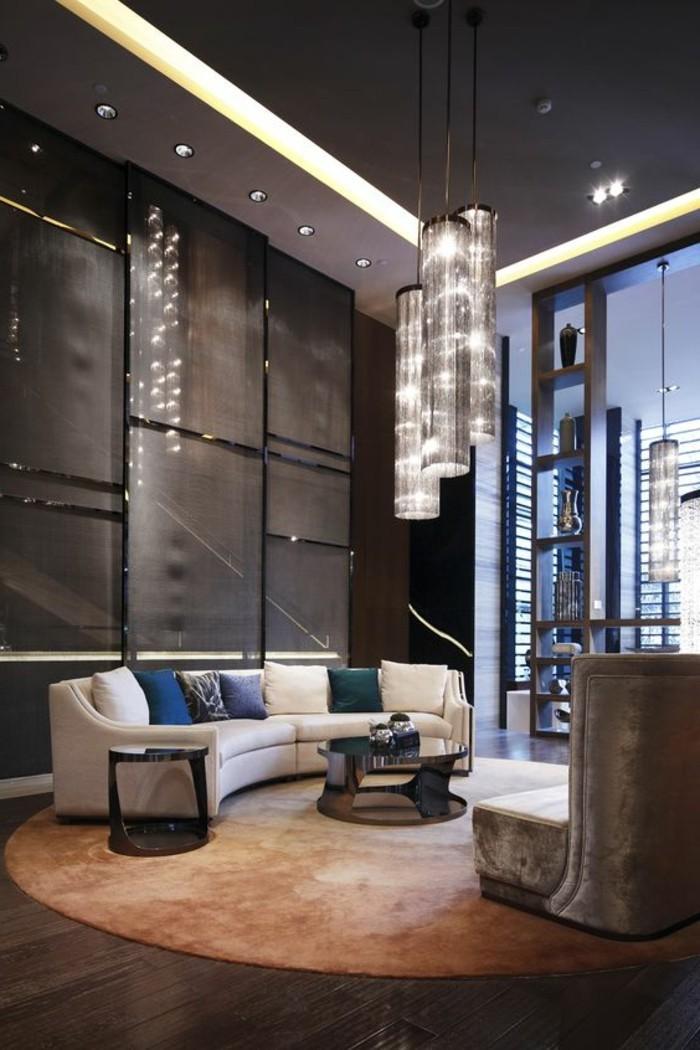 0-canapé-d-angle-arrondi-dans-le-salon-chic-et-de-luxe-tapis-rond-meubles-de-salon