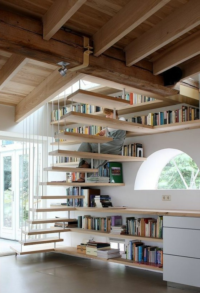 Biblioth?que Bois Clair : ikea-etagere-bibliotheque-escalier-etagere-en-bois-clair-sol-gris