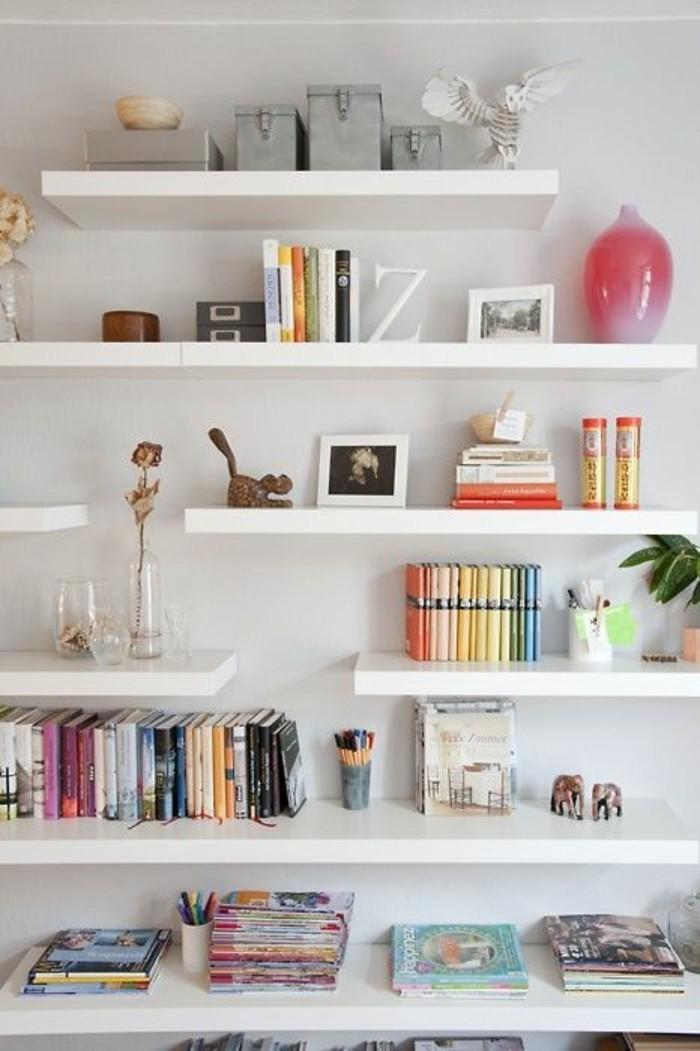 0-jolie-idée-ikea-etagere-en-bois-blanc-decoration-murale-comment-ranger-vos-livres