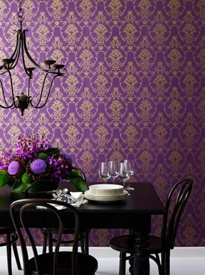 0-jolie-idee-comment-associer-prune-couleur-meubles-d-interieur-salle-a-manger