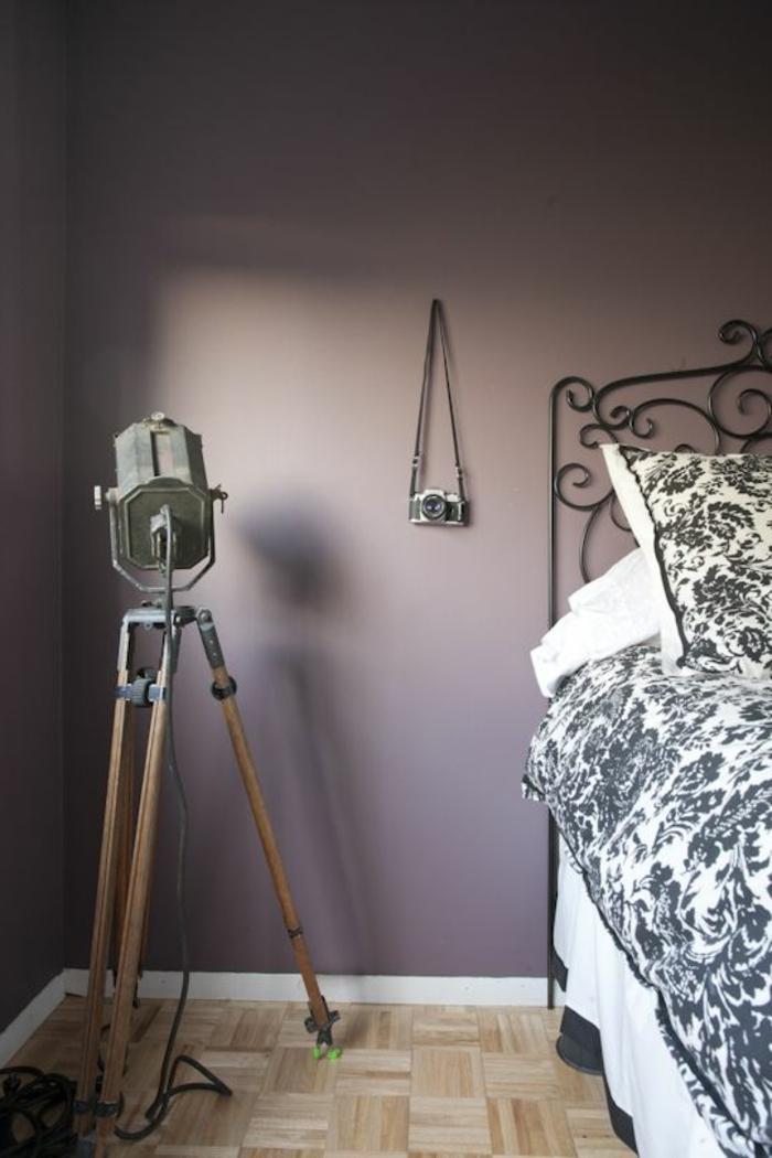 80 id es d 39 int rieur pour associer la couleur prune - Mur de couleur dans une chambre ...