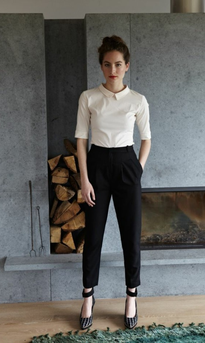 Comment porter le pantalon carotte nos conseils en photos for Pantalon carreaux noir et blanc