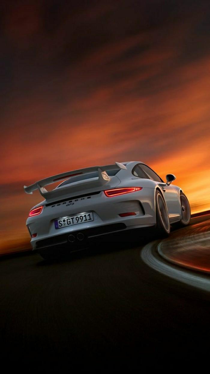 0-porsche-911-gt3-de-couleur-blanc-vehiules-de-collection-voiture-ancienne-occasion