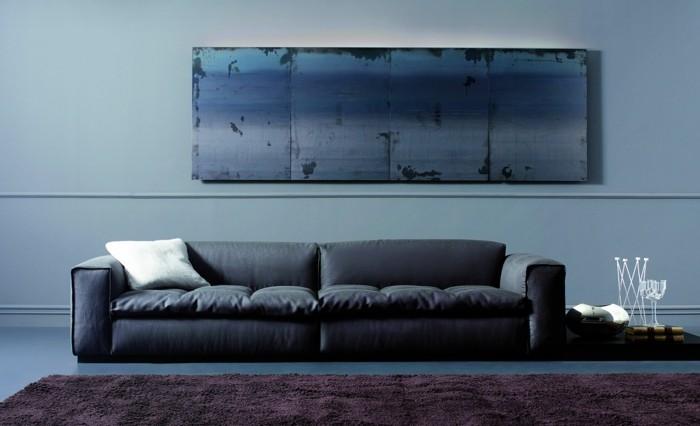 0-une-autre-magnifique-variante-de-canapé-design-italien-en-cuir-noir-tapis-violet-salon