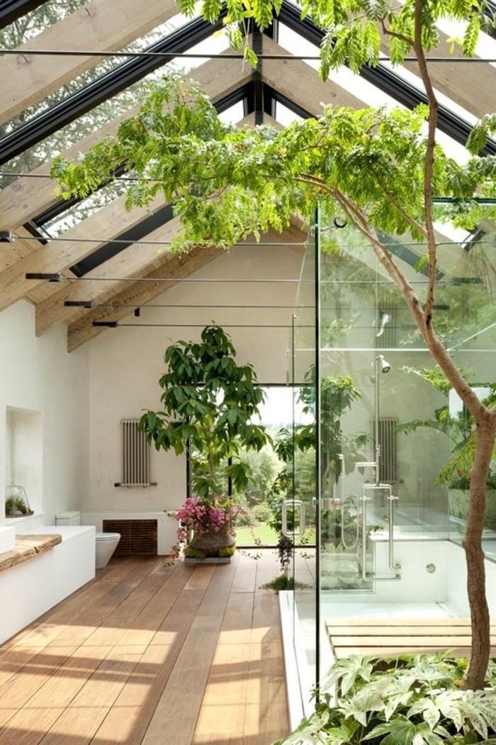 0-verrière-de-toit-plafons-sous-pente-en-verre-sol-en-planchers-bois-clair
