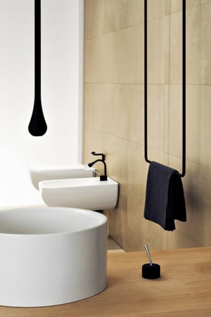 le porte serviette en 40 photos d 39 id es pour votre salle de bain. Black Bedroom Furniture Sets. Home Design Ideas