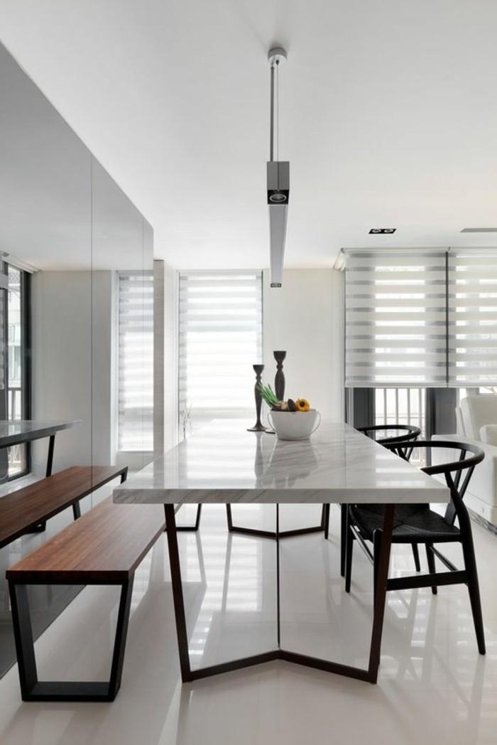 00-table-de-salle-à-manger-design-en-marbre-blanc-et-fer-chaises-de-tables-noires