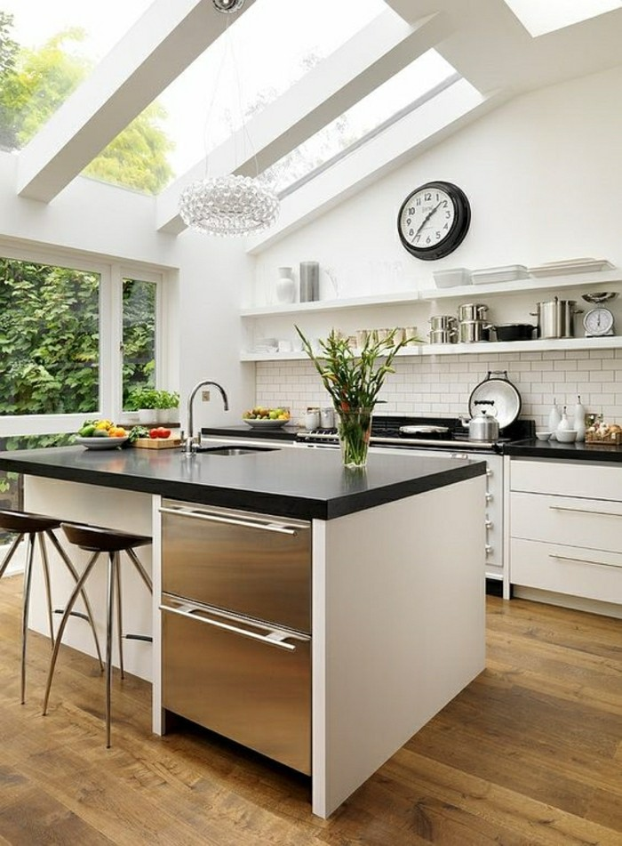 La verri re de toit la meilleure option pour une maison - Parquet dans la cuisine ...