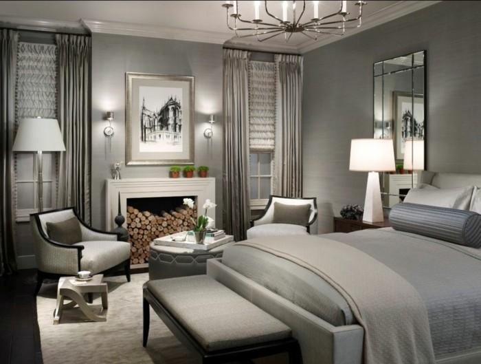 Agréable-ambiance-dans-la-belle-pièce-peinte-en-couleur-tendance-pour-chambre-à-coucher-tout-en-gris