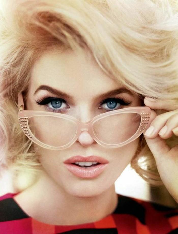 Alice-Eve-by-Ruven-Afanador-lunettes-de-vue-avec-monture-transparente-rose-pale-femme