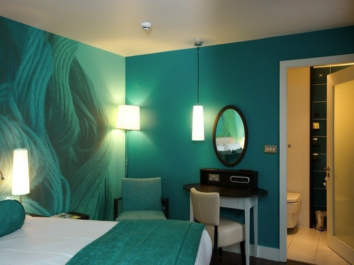 Couleur-pour-chambre-à-coucher-très-cool-idée-déco-belle-aménagement-bleu