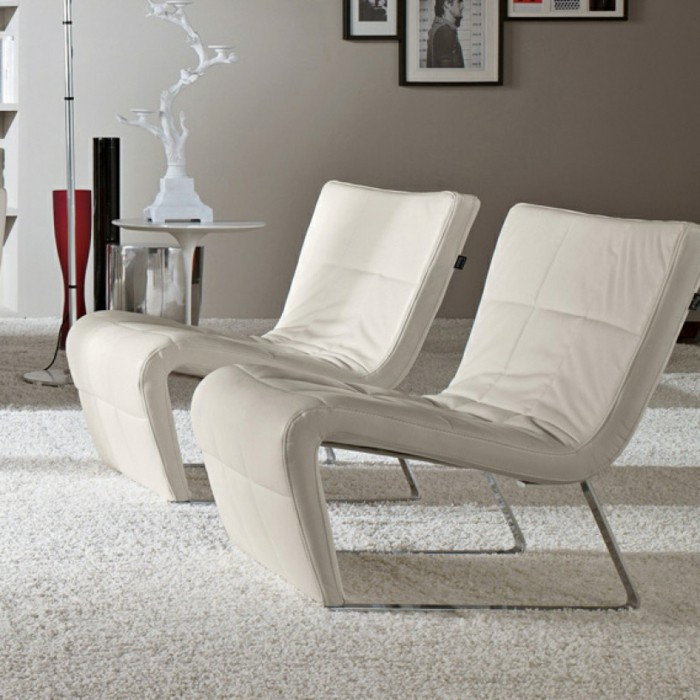 Fauteuil-relax-design-tubes-metalliques