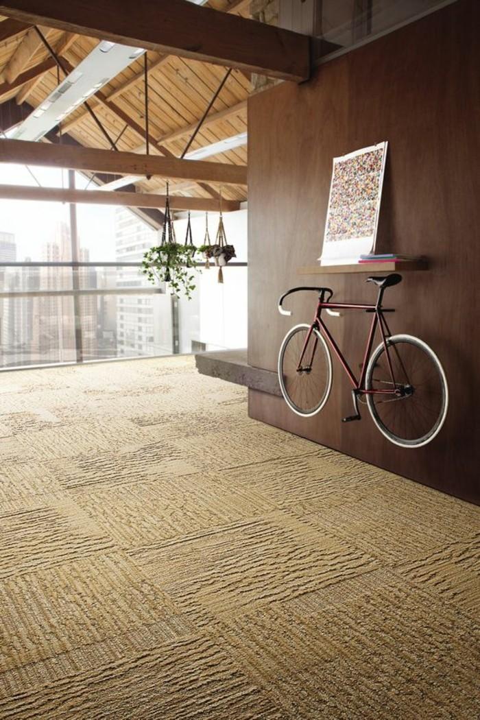Nostalgique-pièces-vélo-vintage-velo-occasion-cool-voir-dans-appartement