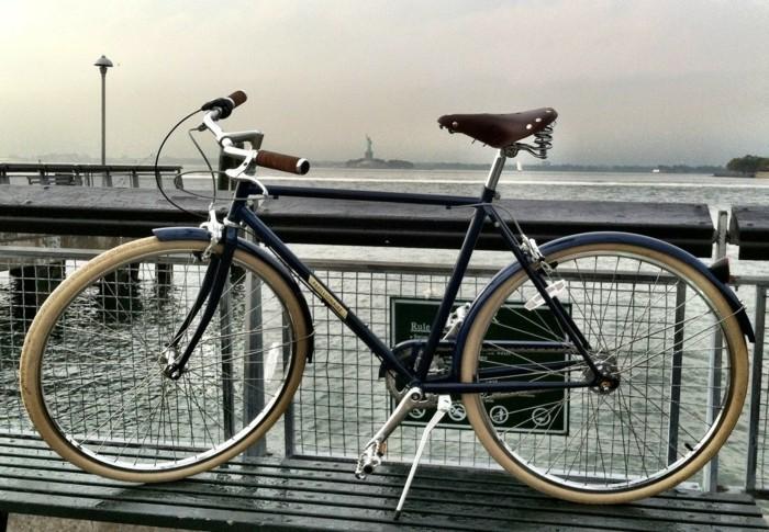Photographie-de-la-mer-art-vélo-ancient-anjou-bike-beau-image