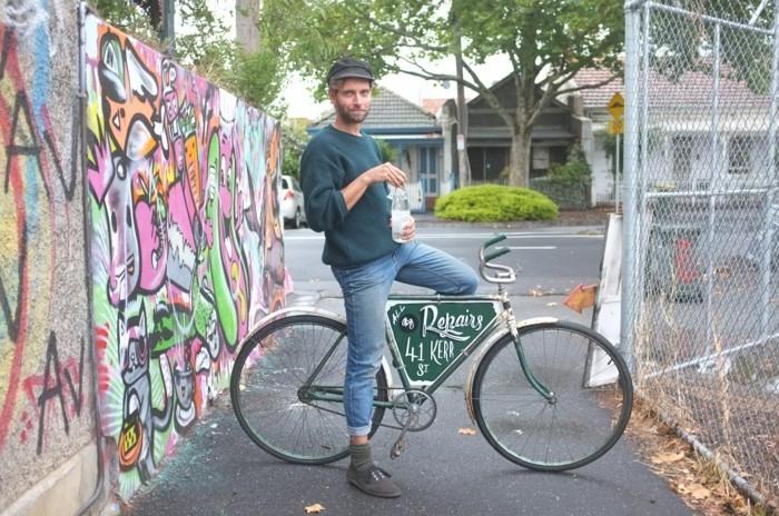 Style-à-deux-roux-velo-retro-vintage-cycles-belle-photo-beau-gosse