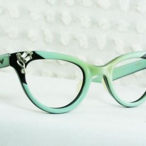 Les lunettes sans correction un accessoire top! Comment choisir son modèle?