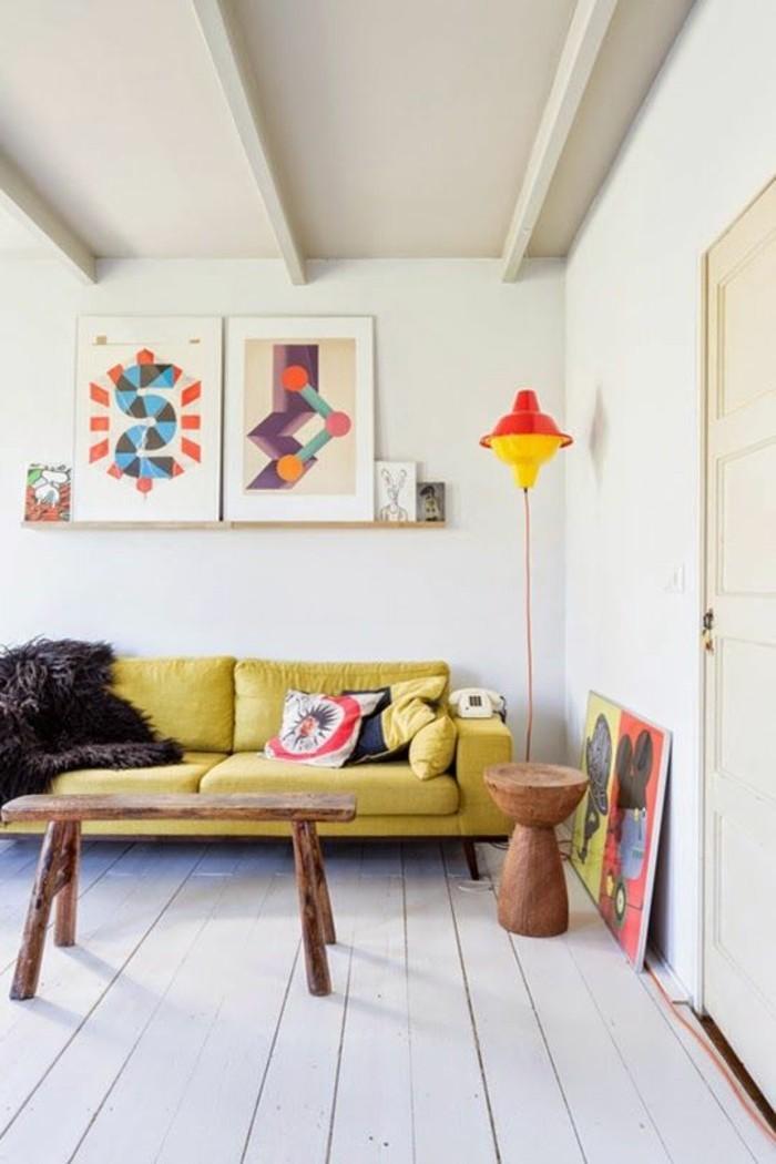 assortir-les-couleurs-d-intérieur-canapé-jaune-dans-le-salon-chic-meubles-d-intérieur