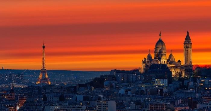 au-coucher-du-soleil-appartement-toit-terrasse-paris-beauté-de-la-ville-de-Paris-beau