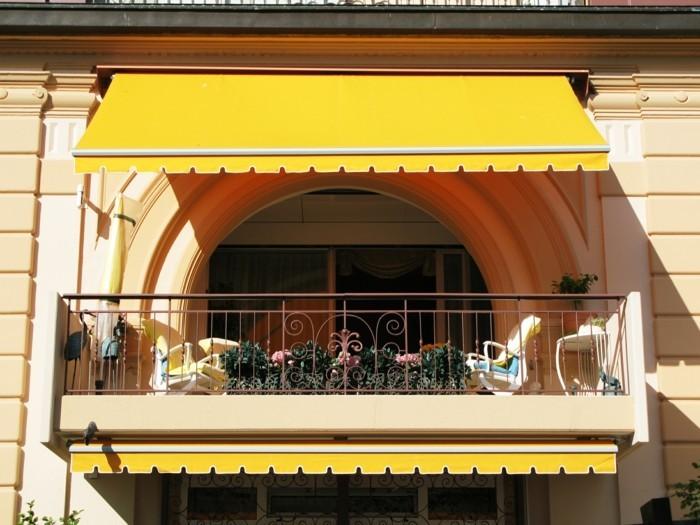 belle-idée-aménagement-terrasse-appartement-idee-jardiniere-un-appartement